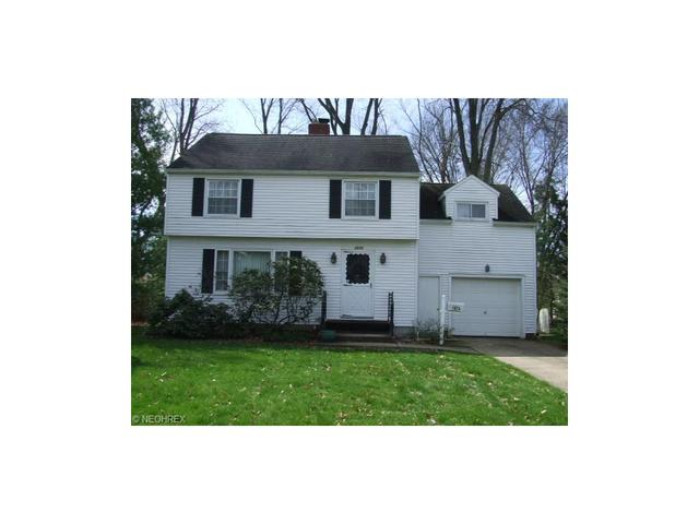 1874 Stabler Rd, Akron, OH