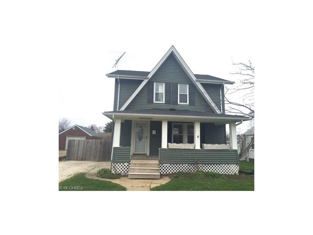 1649 31st St, Canton OH 44714