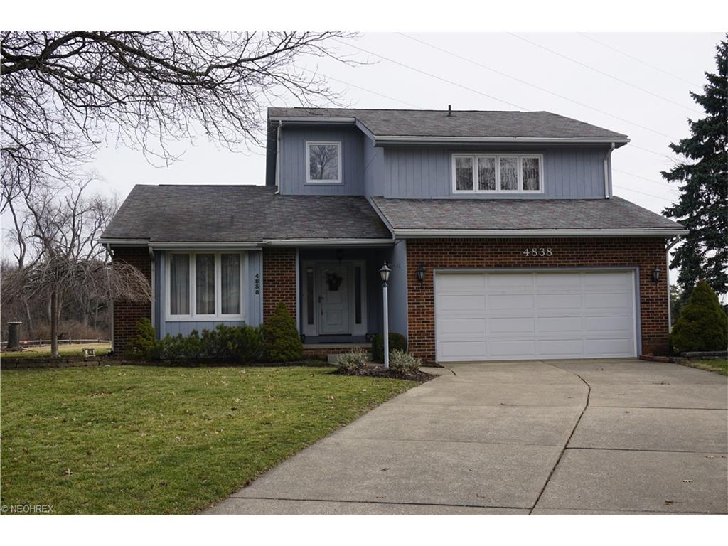 4838 Tanglewood Cir, Canton, OH