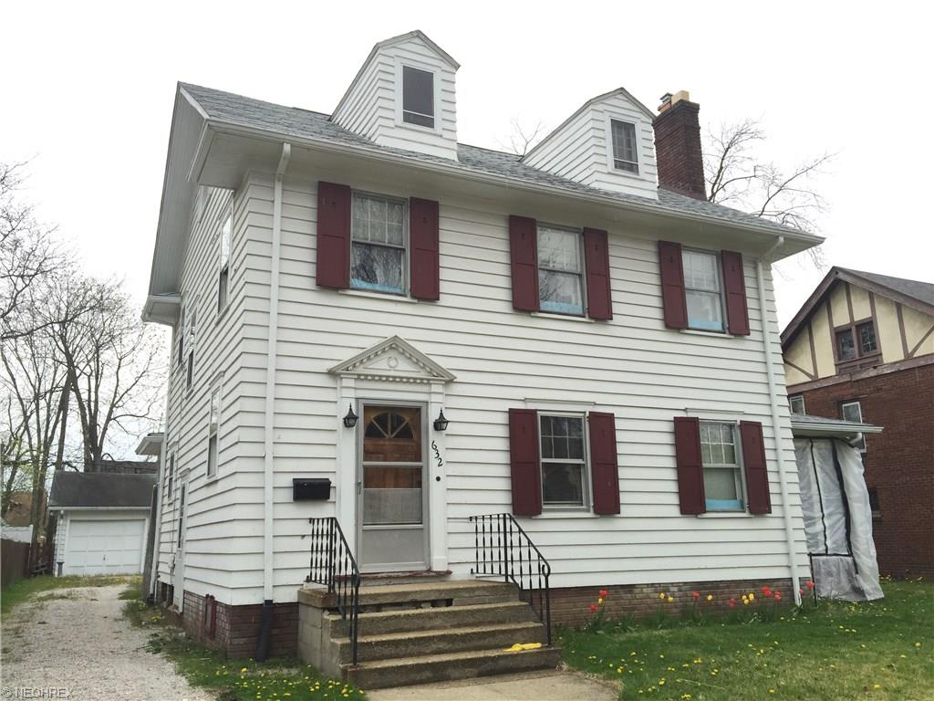 632 Sunset View Dr, Akron, OH