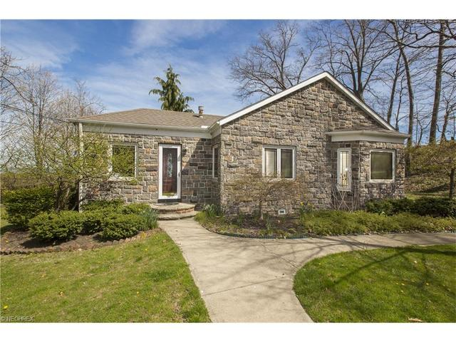 22660 Lake Rd, Rocky River, OH