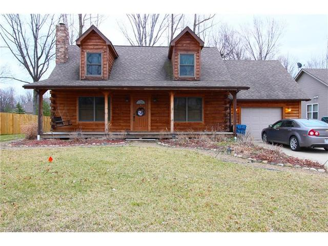 551 Parkview Dr, Sheffield Lake, OH