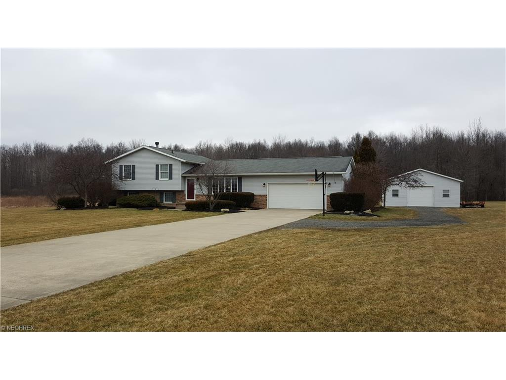 548 Housel Craft Rd, Bristolville, OH