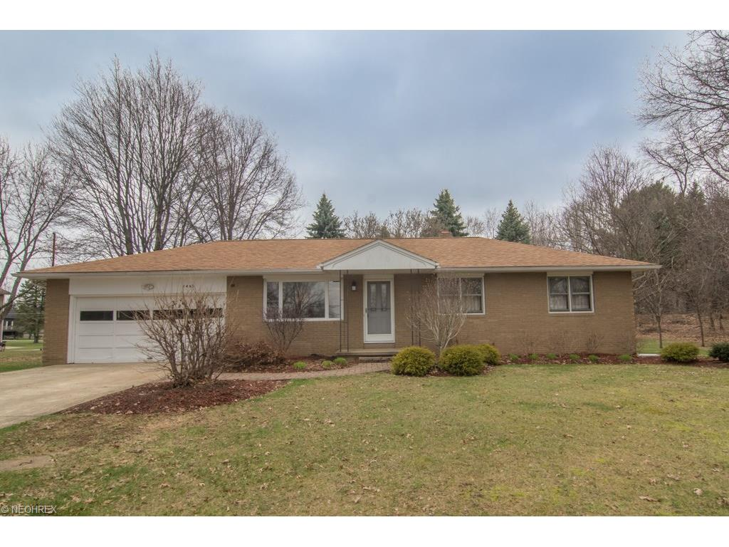 1467 Steese Rd, Uniontown, OH