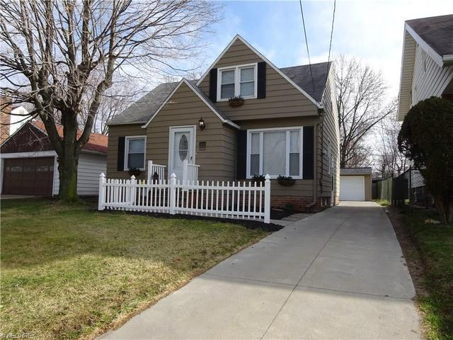 10243 Ackley Rd, Cleveland, OH