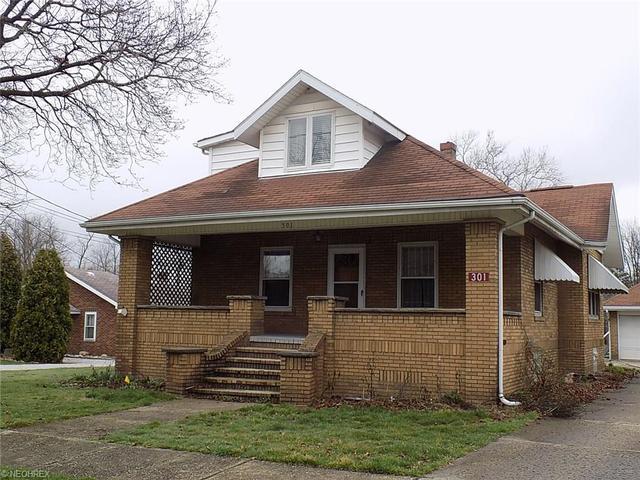 301 W Porter St Malvern, OH 44644