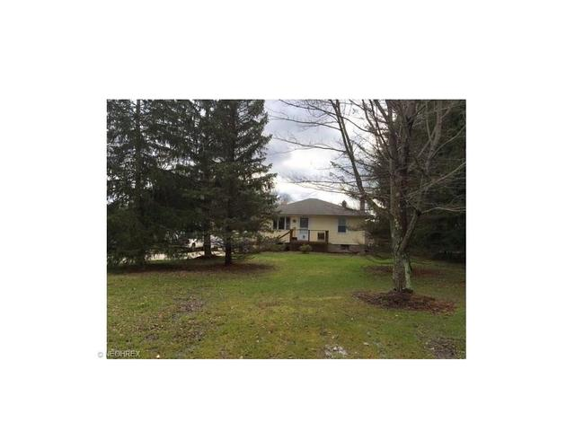 4707 Parkman Rd, Southington OH 44470