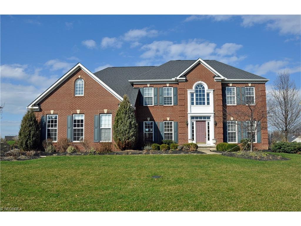 33424 Streamview Dr, Avon, OH