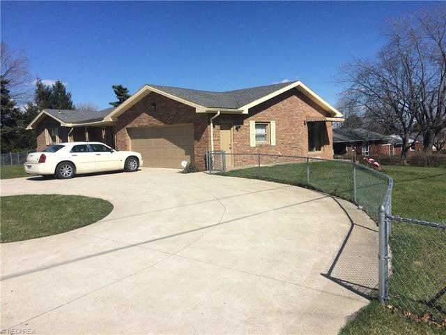 3120 Rowland Ave, Canton OH 44714