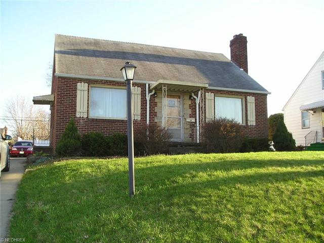 1134 Milford St, Canton OH 44714