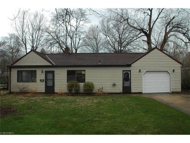 1948 Benjamin Rd, Madison OH 44057