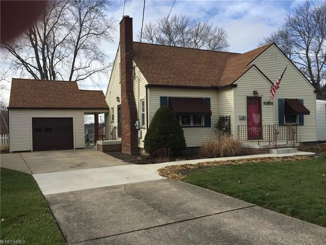 924 Lincoln Ave, Niles OH 44446