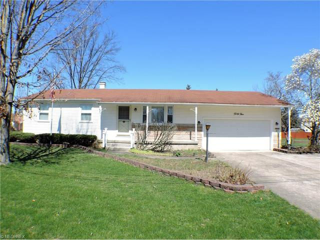45 Lawnview Ave, Niles OH 44446