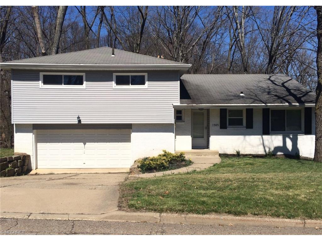 1585 Kingsley Ave, Akron, OH