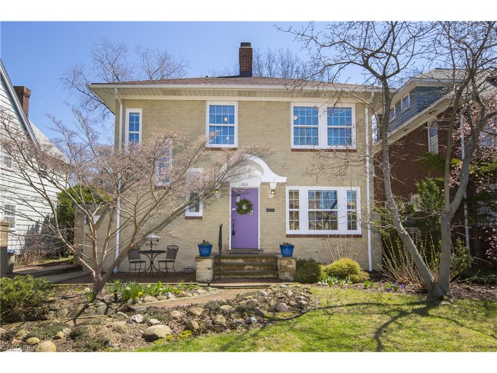 301 Cornwall Rd, Rocky River, OH