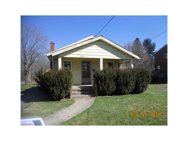 2921 24th St, Canton OH 44707