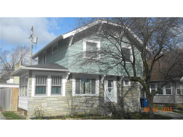 1484 Blossom Park Ave, Lakewood OH 44107