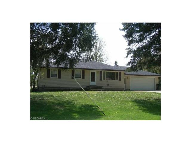 205 Oakdale Dr, Amherst, OH