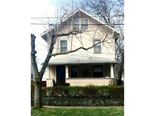 1372 Curtis St, Akron, OH