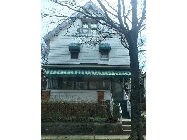 1371 Curtis St, Akron, OH