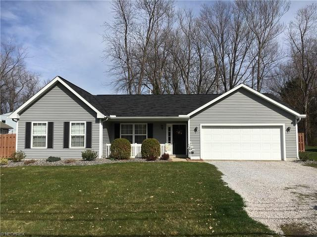 1455 Hubbard Rd Madison, OH 44057