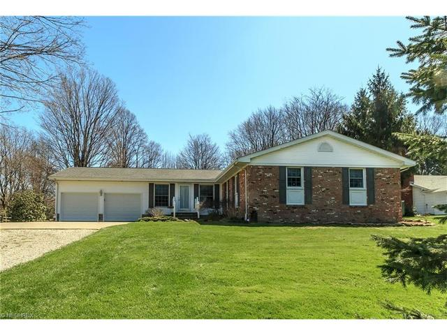 2403 Mcmackin Rd, Madison OH 44057