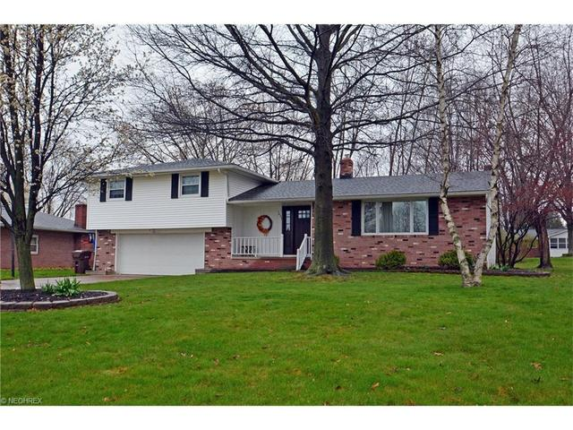 1629 Carriage Hill St, Massillon OH 44646
