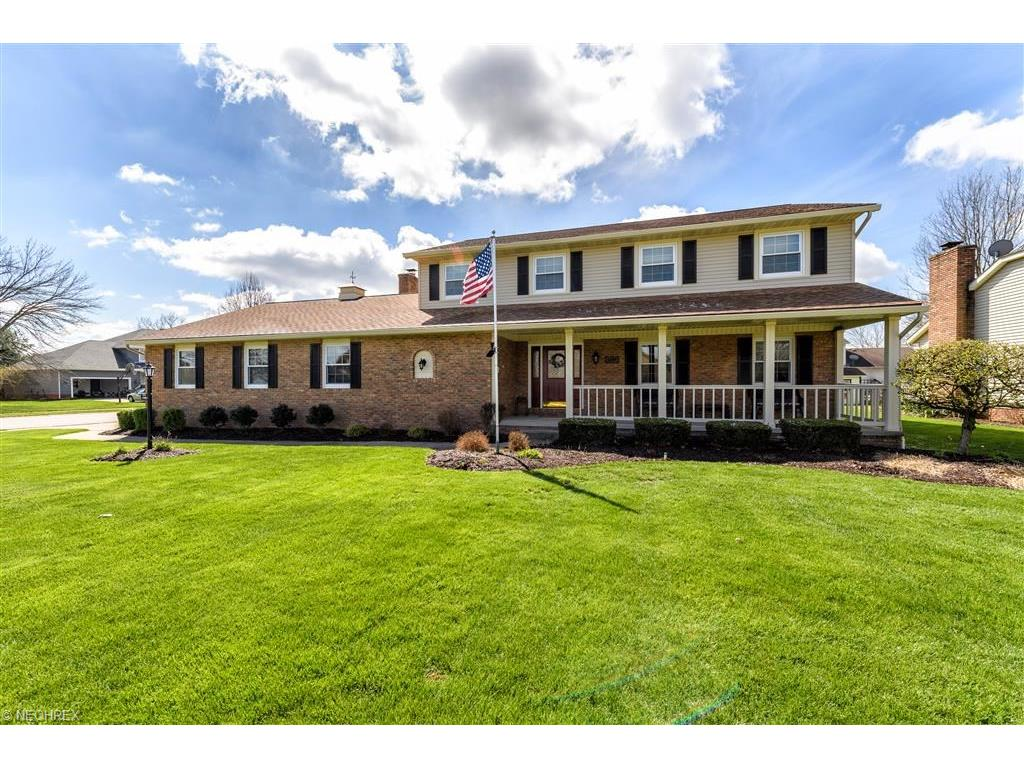 1384 Farrell St, North Canton, OH