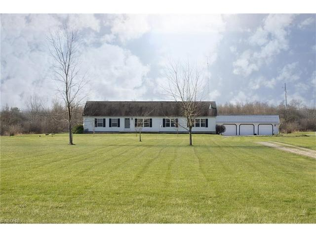 3329 State Route 305, Southington OH 44470