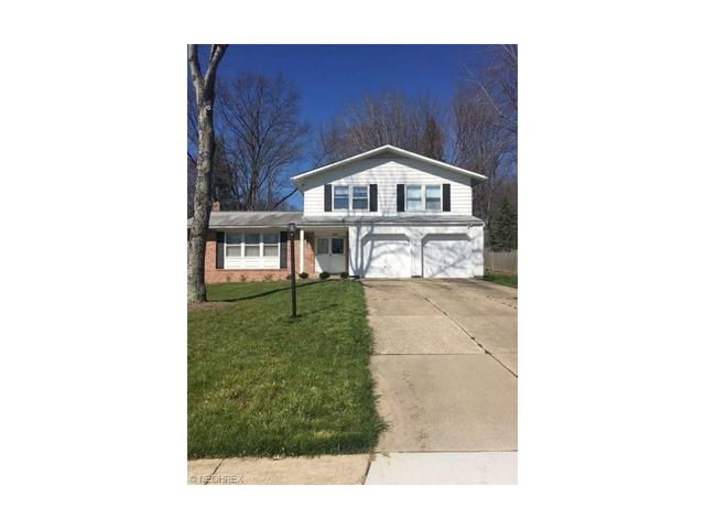 2174 Woodpark Rd, Akron, OH