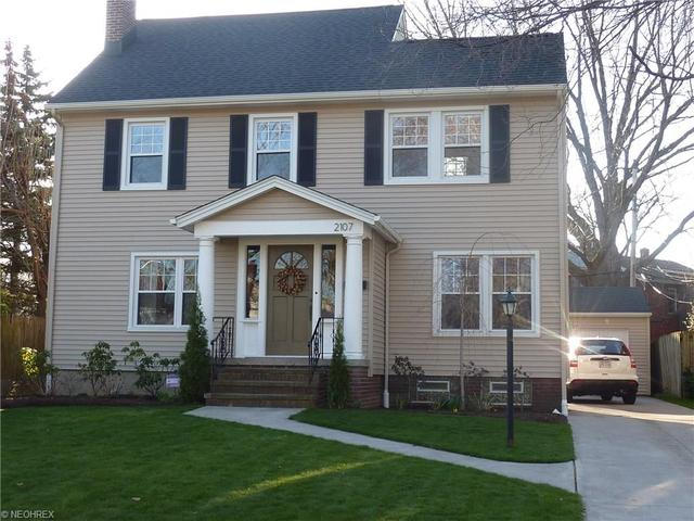 2107 Overbrook Ave, Lakewood OH 44107