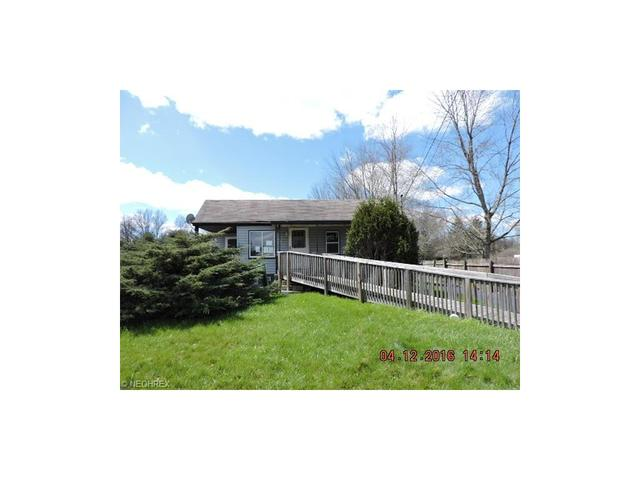 230 North Rd Niles, OH 44446