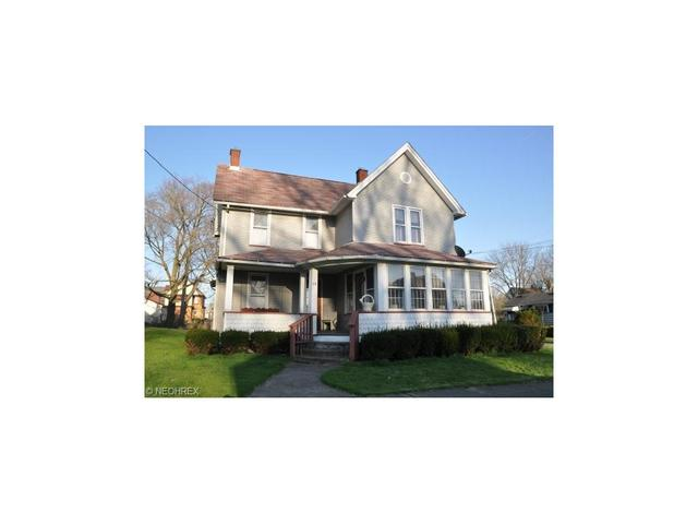 29 S Butler, Niles, OH