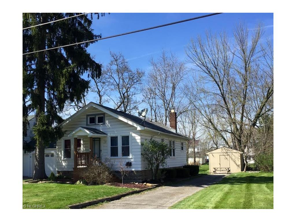 72 Gertrude Ave, Youngstown, OH