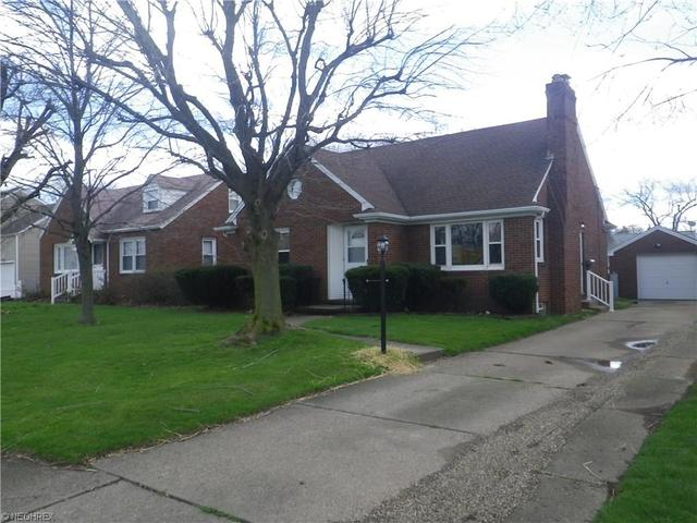 906 Milford St, Canton OH 44714