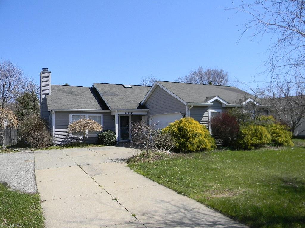 382 W Parkway Dr, Madison, OH