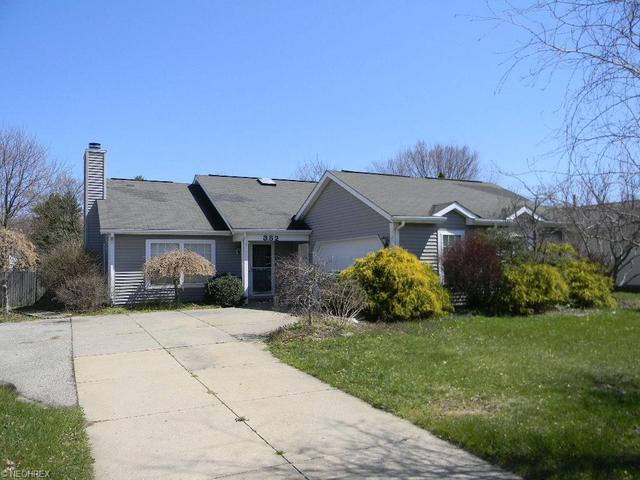382 W Parkway Dr, Madison OH 44057