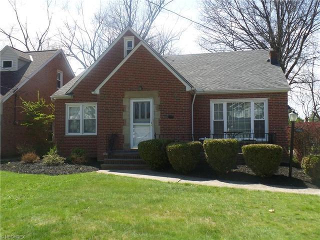 1566 Felton Rd, Cleveland, OH
