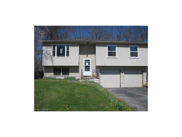 683 Trumbull Dr Niles, OH 44446