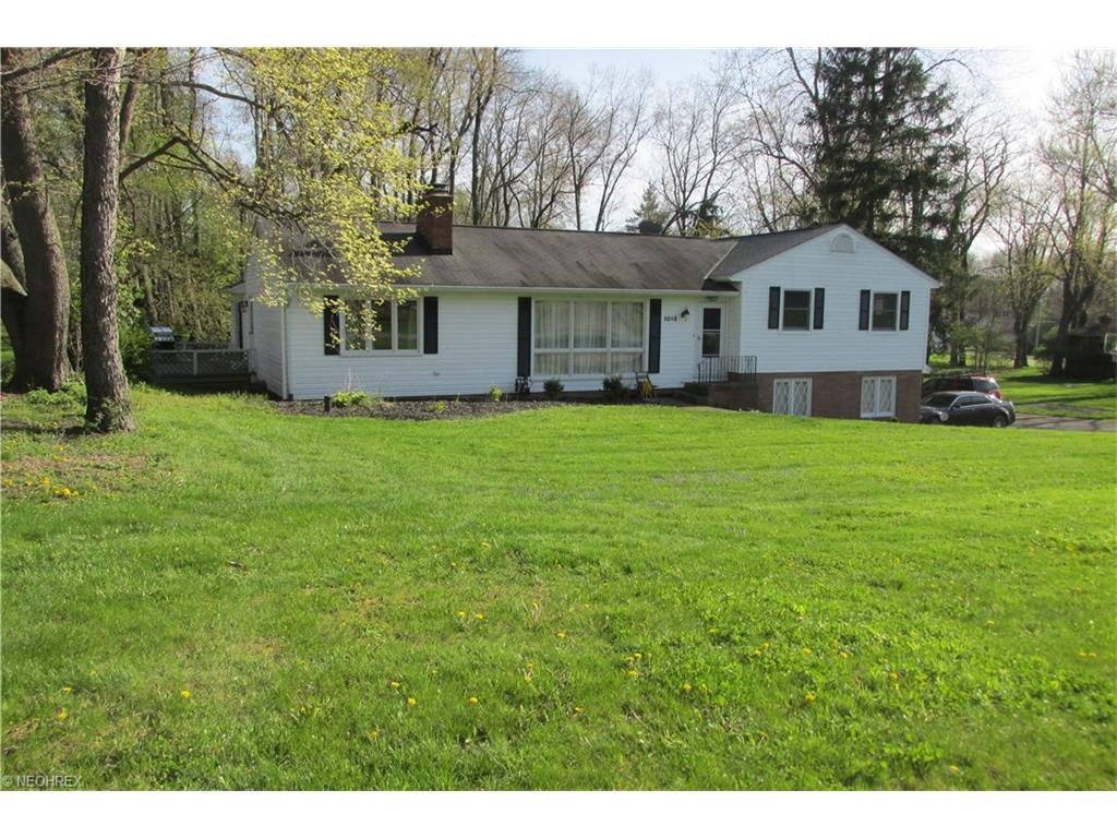 1015 Vincent Rd, North Canton, OH