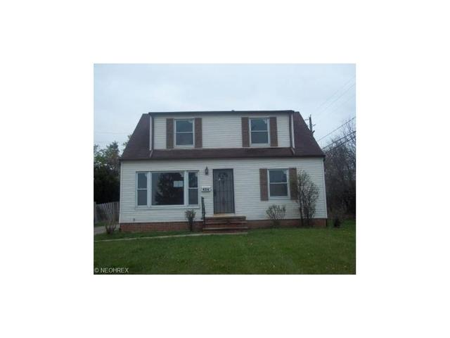 424 Terrace Dr, Bedford, OH