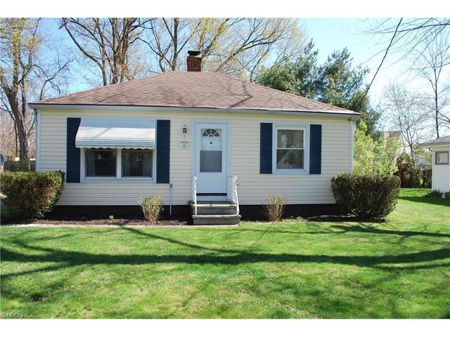 193 Kenyon Rd, Eastlake, OH