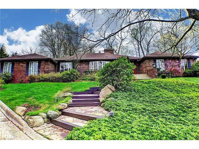 3687 Country Club Dr, Stow, OH