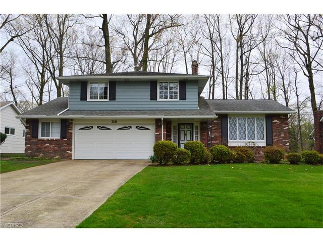 318 Claymore Blvd, Cleveland OH 44143