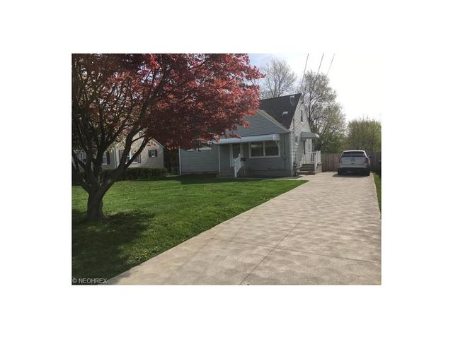 1010 Lakeview Ave, Canton OH 44708