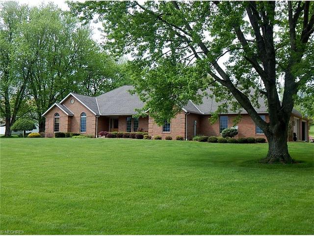 2836 Pinkerton Ln, Zanesville, OH