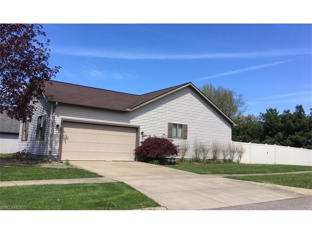 1464 Pepperwood Dr Niles, OH 44446