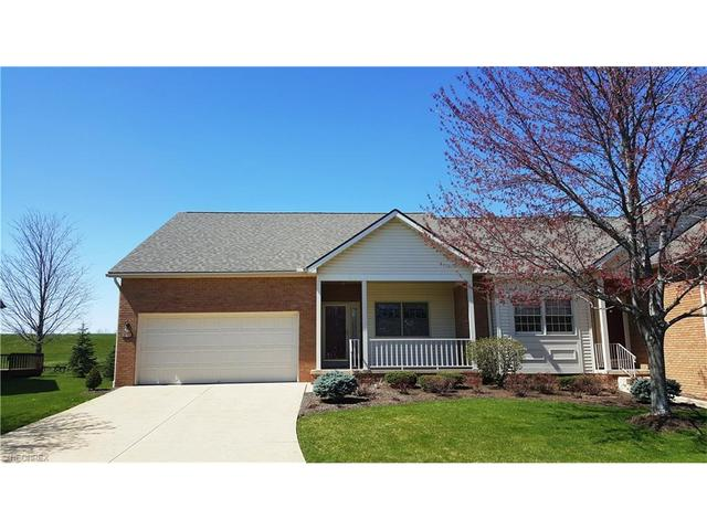 2713 Charing Cross Rd, Canton OH 44708