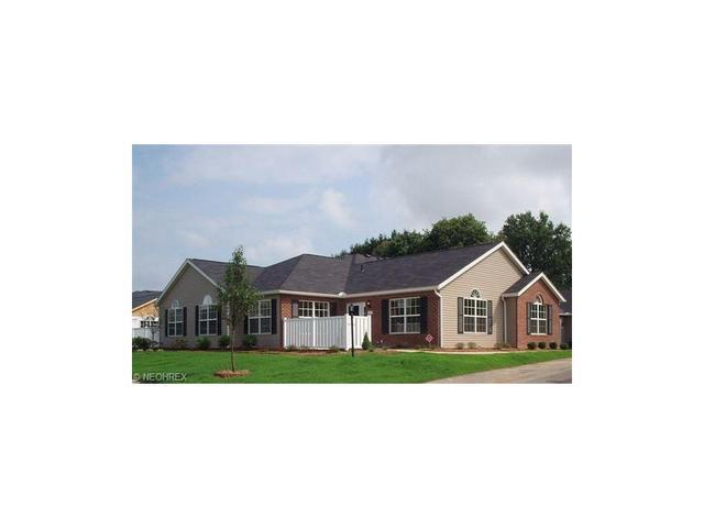 216 Woodbury Glen St Hartville, OH 44632