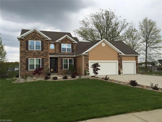 31 Woodland Run, Canfield, OH